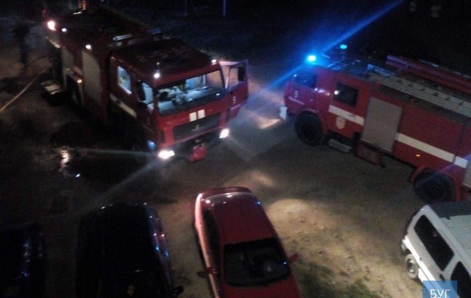 У Нововолинську гасили пожежу у гуртожитку