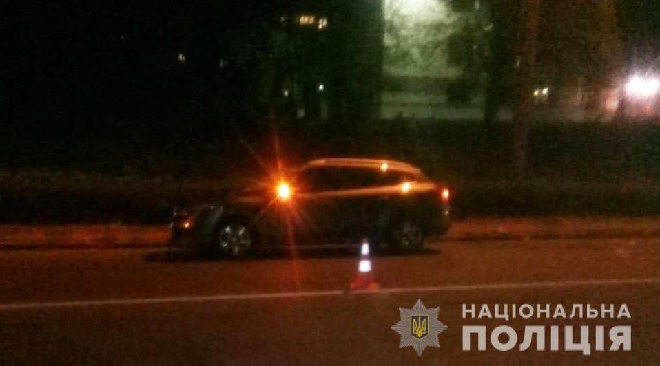 """У Луцьку водій """"Renault"""" на переході збив чоловіка. Його забрали в реанімацію"""