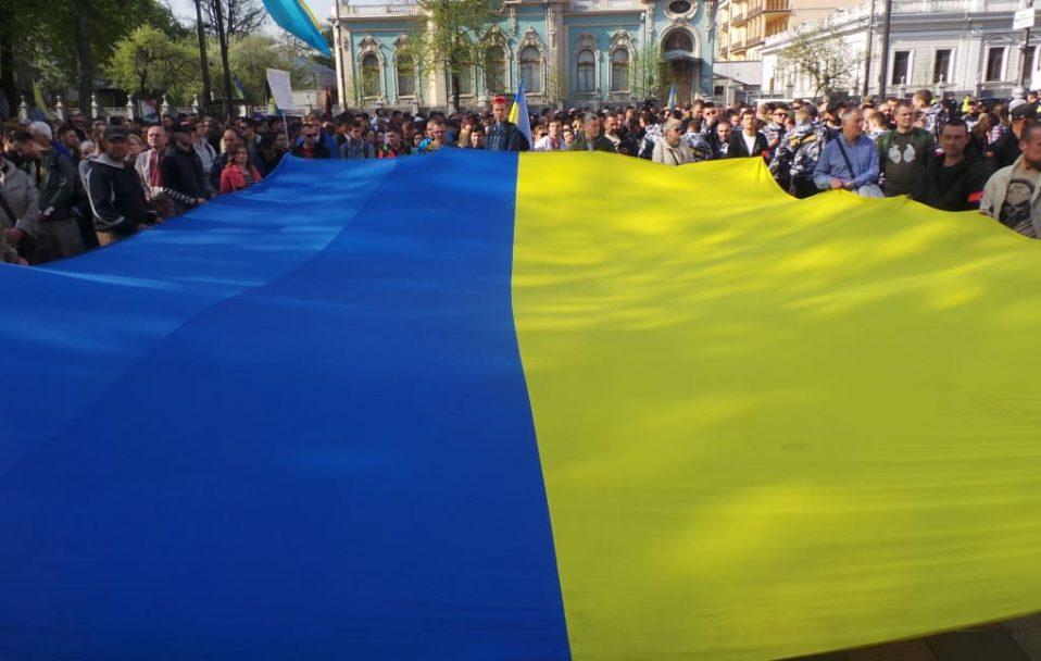 Спілкуйся українською: знаменитості зняли мотиваційний ролик про рідну мову. ВІДЕО