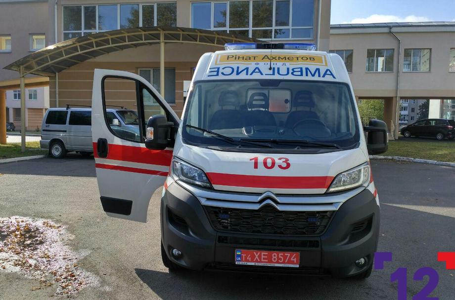 Волинська дитяча лікарня отримала сучасний реанімобіль для порятунку немовлят. ФОТО
