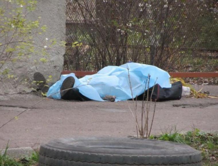Під Луцьком знайшли тіло чоловіка