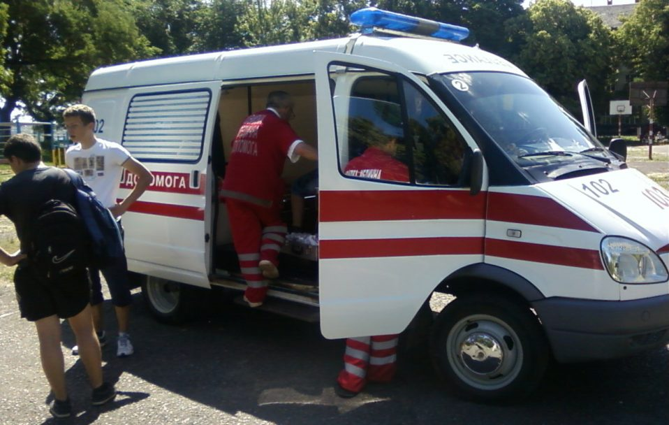 """У селі біля Луцька автівка """"Daewoo Lanos"""" збила 8-річного хлопчика"""