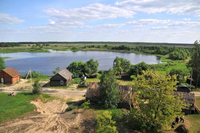 Розкішна природа і порожні хати: як живе волинське вело село, в якому 18 жителів. ВІДЕО