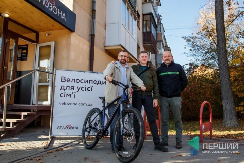 Мінус 24 кілограми за велосипед: як волинський редактор виграв парі у забудовника