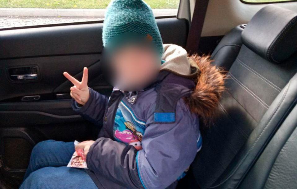 Шестирічного хлопчика, який помилково сів у маршрутку Ковель – Луцьк, повернули батькам