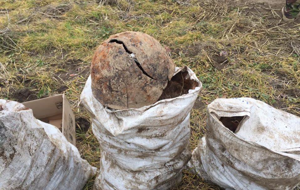 На Волині знайшли рештки тіл 33 солдатів