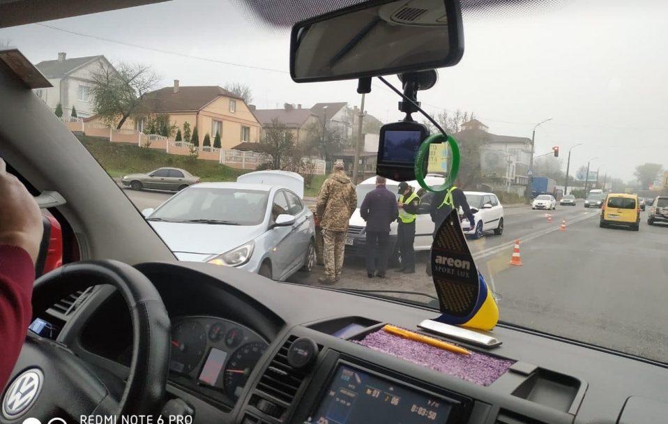 ДТП у Луцьку: зіткнулися три автівки. ФОТО