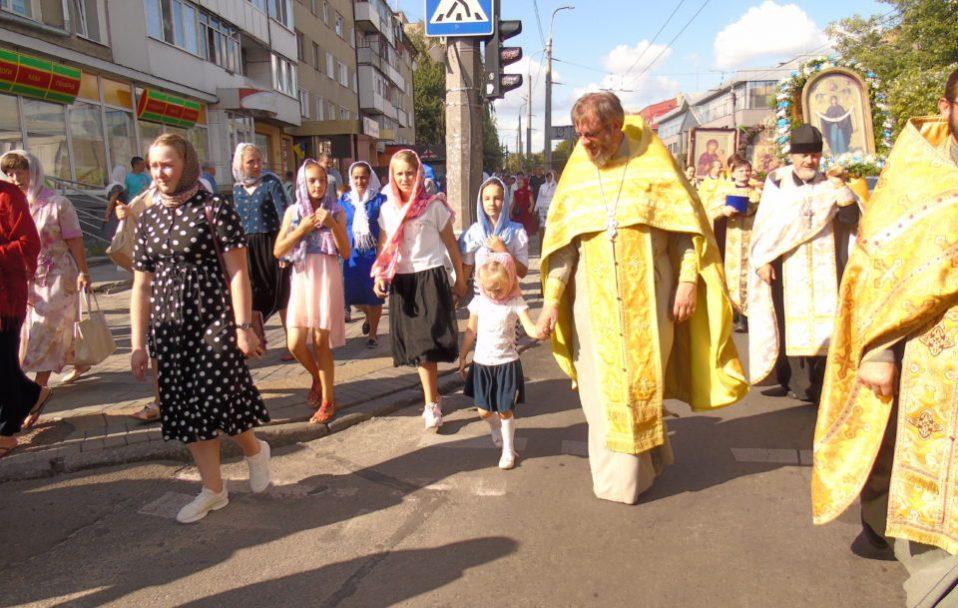 Через хресний хід у Луцьку перекриють центральні вулиці