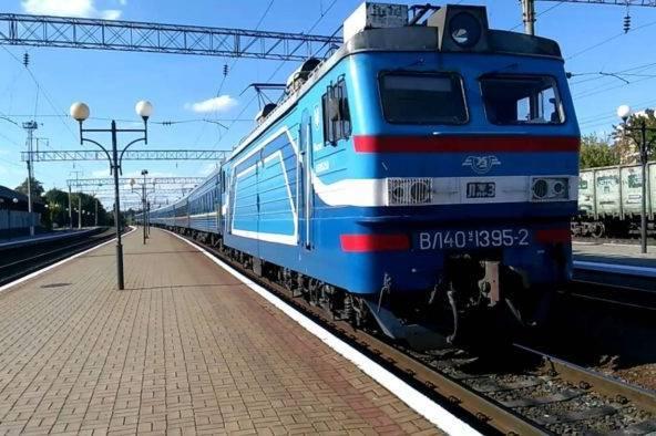 """""""Укрзалізниця"""" змінить графік руху потягів через перехід на зимовий час"""