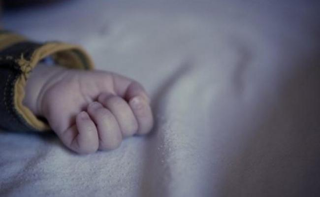 Подавився кісточками граната: на Волині загинув малюк