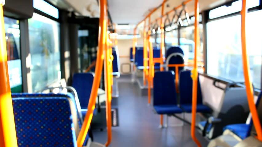 Як у громадському транспорті Луцька контролюватимуть оплату проїзду