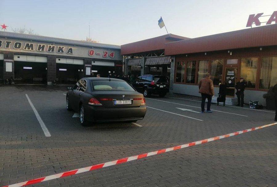 Стрілянина на автомийці у Луцьку:  підозрюваного відпустили під домашній арешт