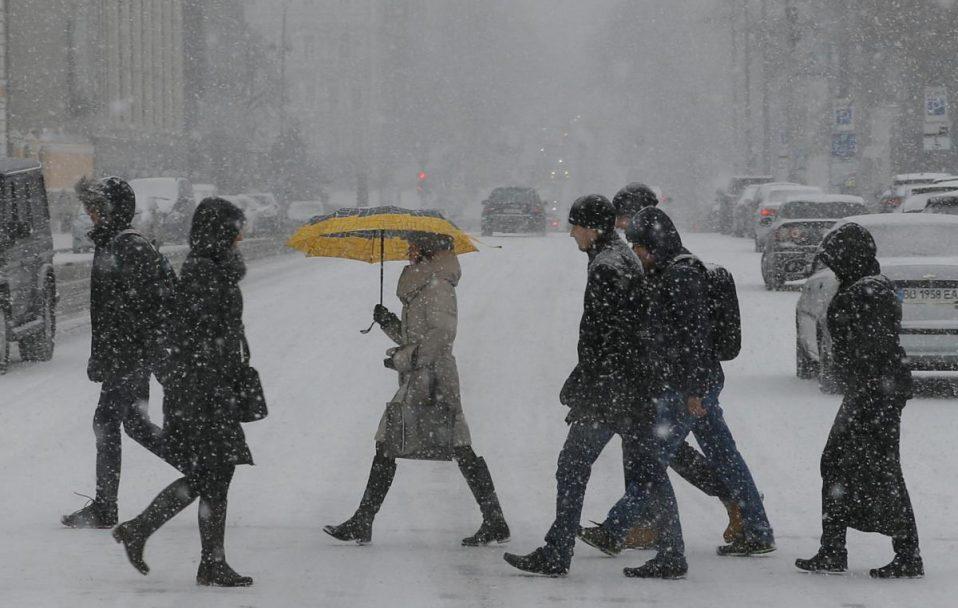 Багато снігу і -15: прогноз погоди на грудень