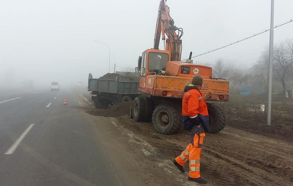 Як ремонтують дорогу Луцьк–Дубно. ФОТО