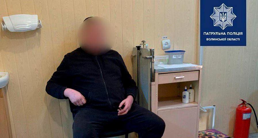 """П'яний водій у Луцьку їхав по """"зустрічці"""""""