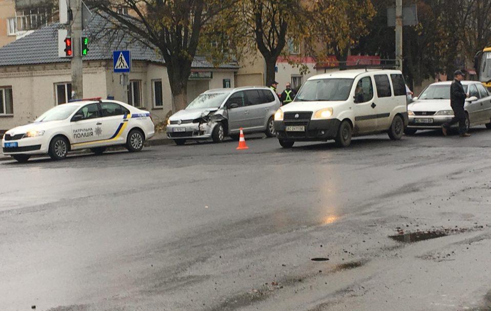 У Луцьку – затор через ДТП. ФОТО