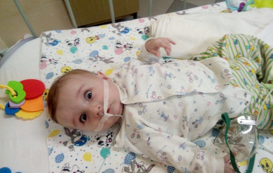 Волинян кличуть на благодійний концерт, щоб врятувати життя малюку