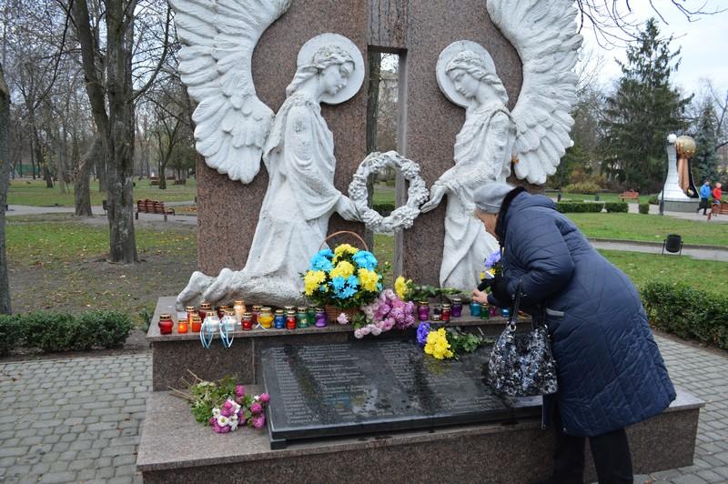 У Ковелі вшанували День пам'яті жертв голодоморів. ФОТО