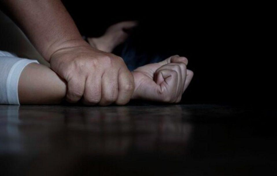 На Волині депутат розбещував 15-річну дівчину