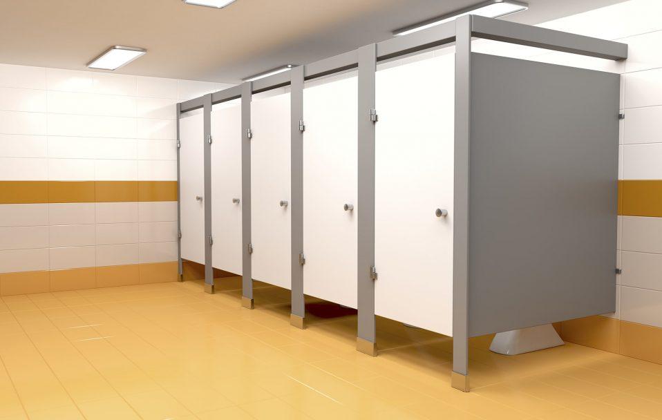 """У 20 волинських школах облаштують """"теплі"""" туалети"""