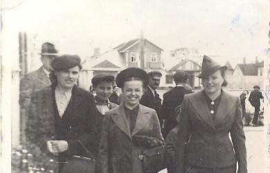 Волинські модниці 30-х років ХХ століття. ФОТО