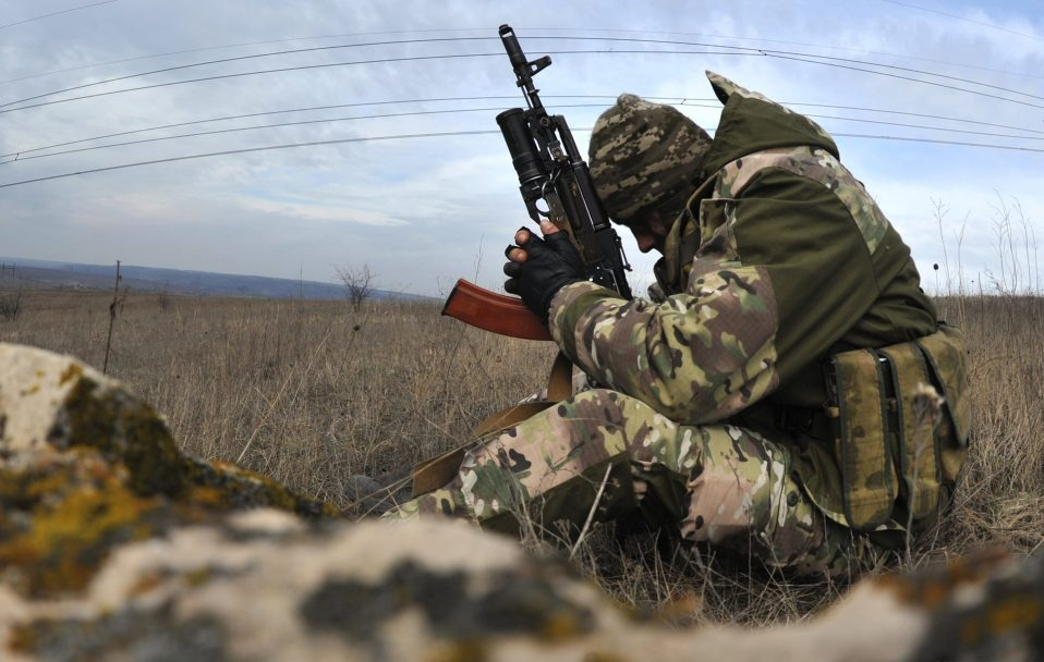 Наступ бойовиків на Донбасі: один захисник загинув, ще четверо – поранені