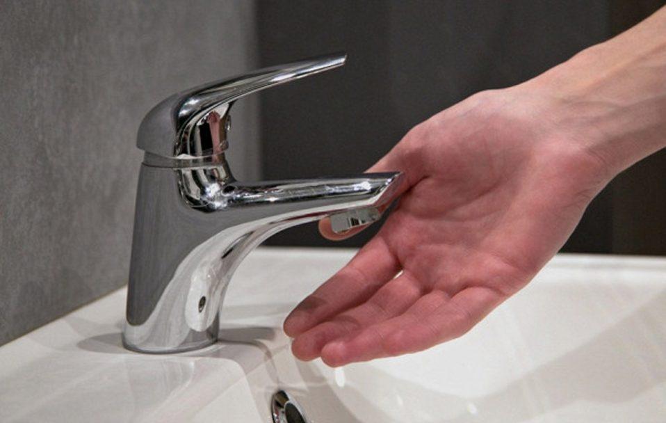 Частина Луцька залишилася без води: винні будівельники
