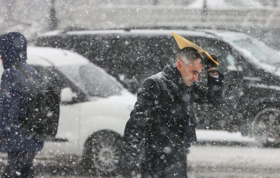 На Волині прогнозують мокрий сніг та штормовий вітер