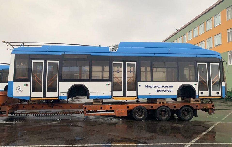 """На митному посту """"Луцьк"""" – затримка з оформленям тролейбусних кузовів"""