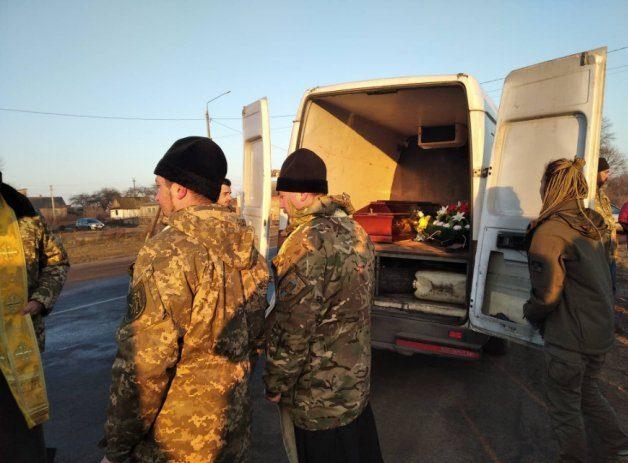 Тіло загиблого на Донбасі Миколи Сорочука привезли на Волинь. ФОТО
