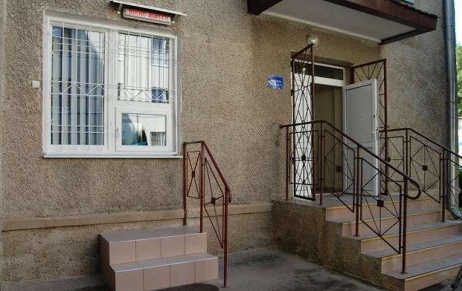 Як у Луцьку працює місце прийому небажаних дітей