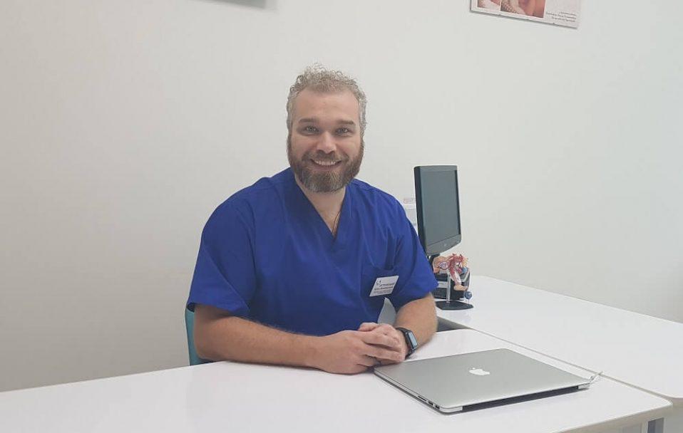 Луцький лікар Петровський зробив першу безоплатну операцію