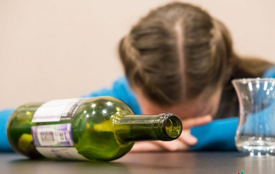 На Волині двоє дітей – в лікарні з алкогольним отруєнням
