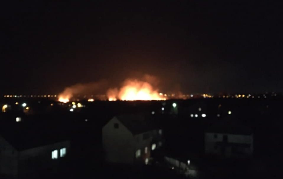 У Луцьку – масштабна пожежа. ФОТО