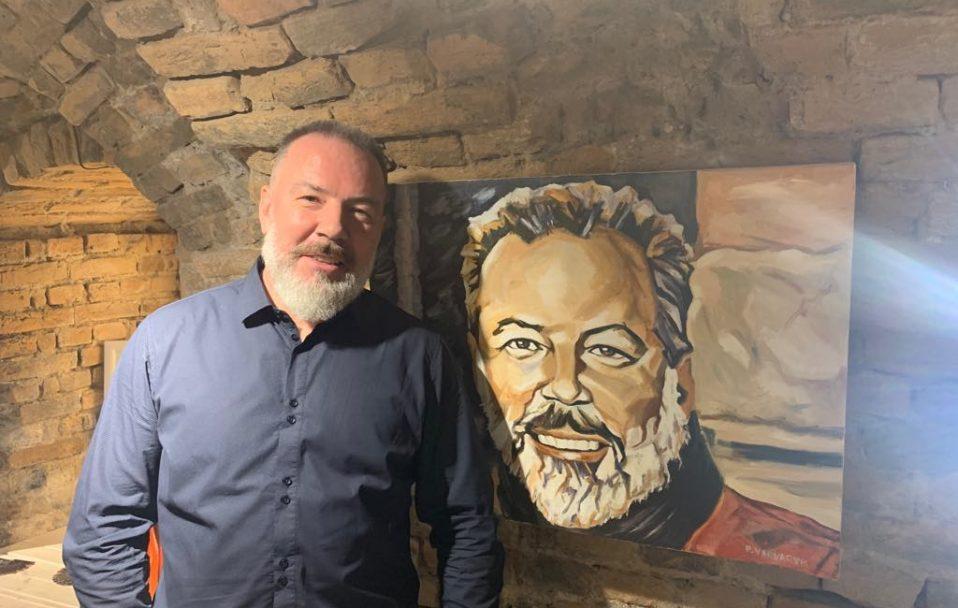 У Луцьку відкрилася виставка картин Павла Варварика. ФОТО