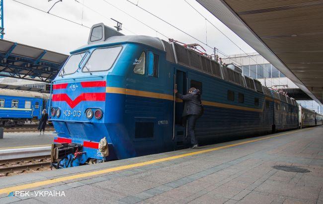 В Україні 13 потягів відстають від графіка через псевдозамінування