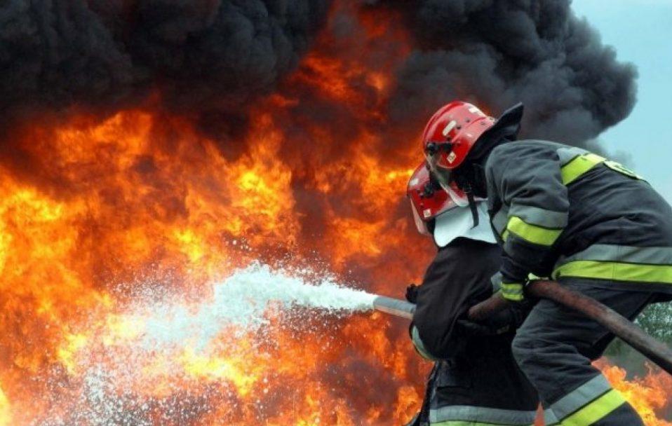 У Луцьку згоріли два автобуси. ФОТО