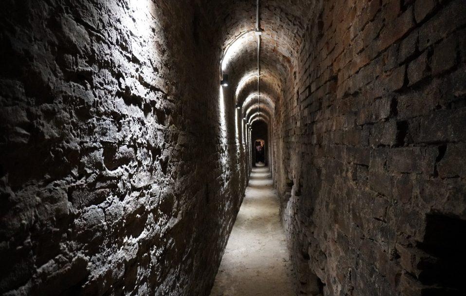 """""""Треба використовувати подарунок пращурів"""", – мандрівнник про луцькі підземелля. ФОТО"""
