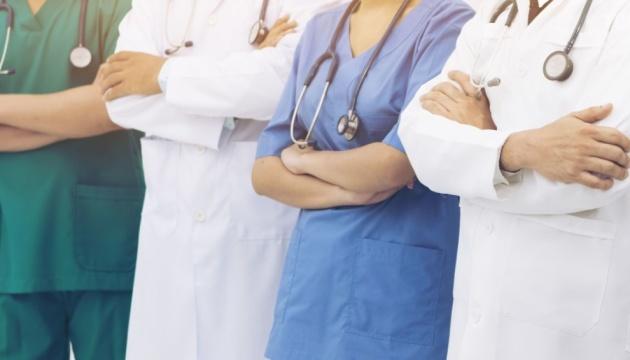 Розповіли про стан волинських медиків, хворих на коронавірус