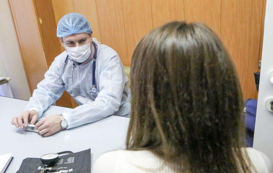 Виділили 500 000 гривень на лікування луцьких медиків, хворих на коронавірус