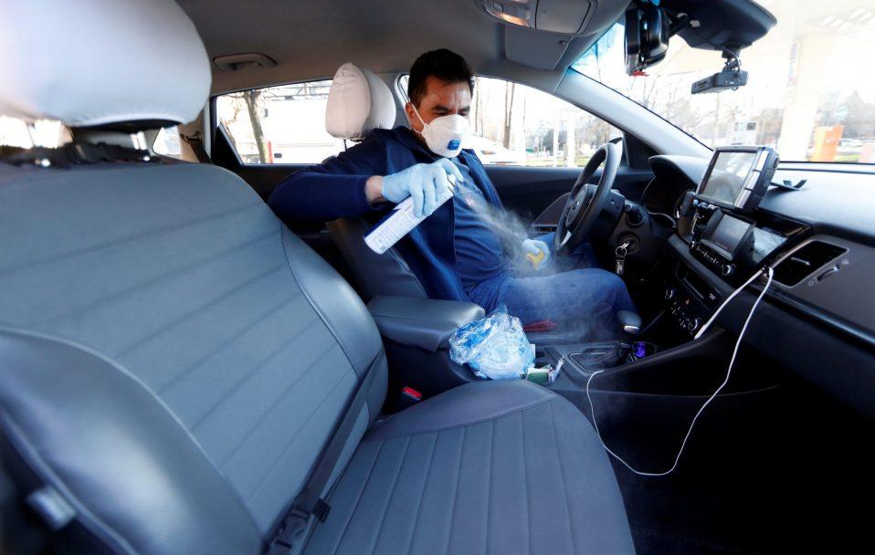 Скільки людей можуть їхати в авто в умовах посиленого карантину