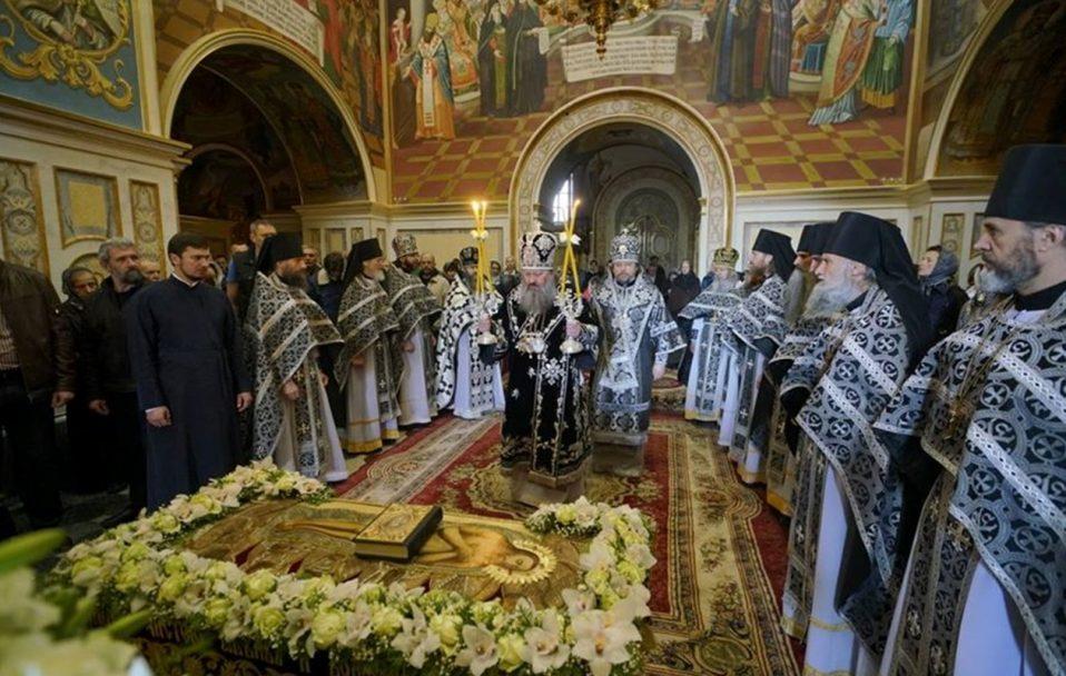 У Києво-Печерській Лаврі усі священники заразилися коронавірусом