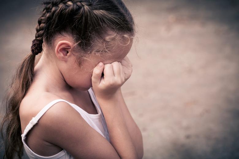 На Волині судять чоловіка, який розбещував 7-річну дівчинку