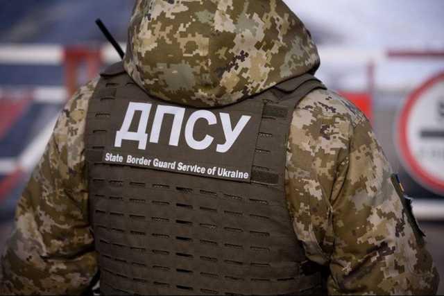 Як потрапити в Україну і що відбувається на кордоні