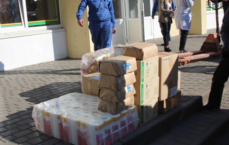 У Володимир-Волинський надійшли ліки та медзасоби від благодійників