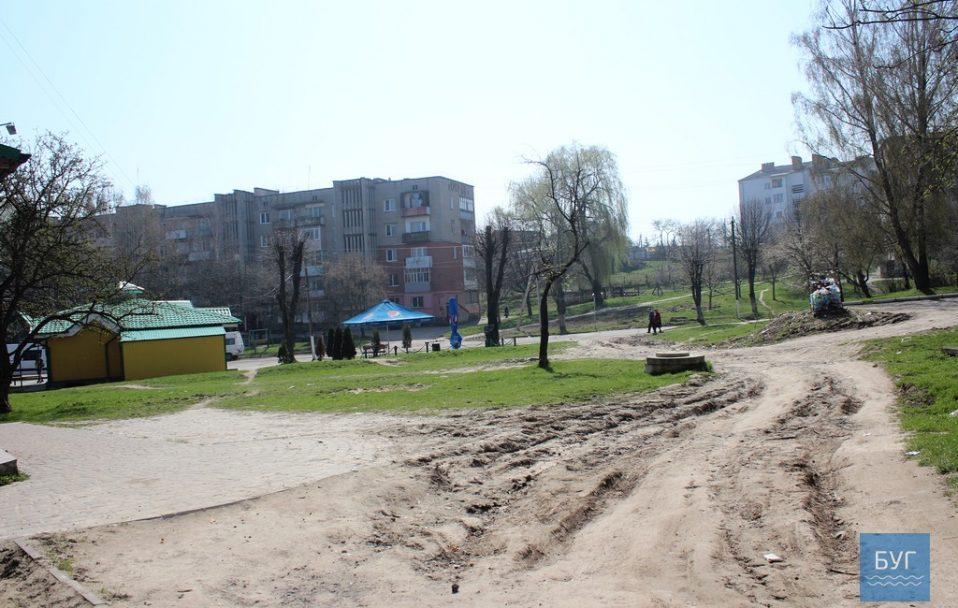 У Нововолинську посеред вулиці помер чоловік