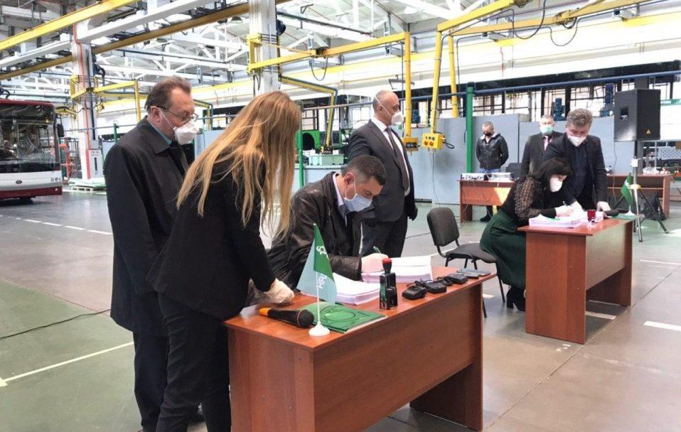 Підписали контракт на постачання 29 нових тролейбусів для Луцька. ФОТО