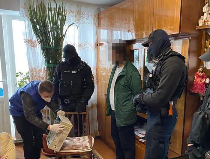 Волинянин ґвалтував свого 13-річного похресника: відео продавав. ФОТО