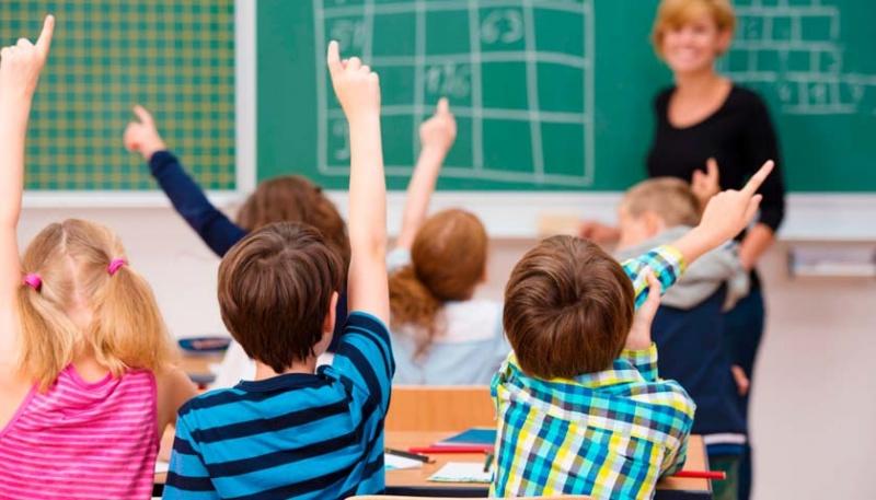 Яким буде навчання у школах з 1 вересня: пояснення МОЗ