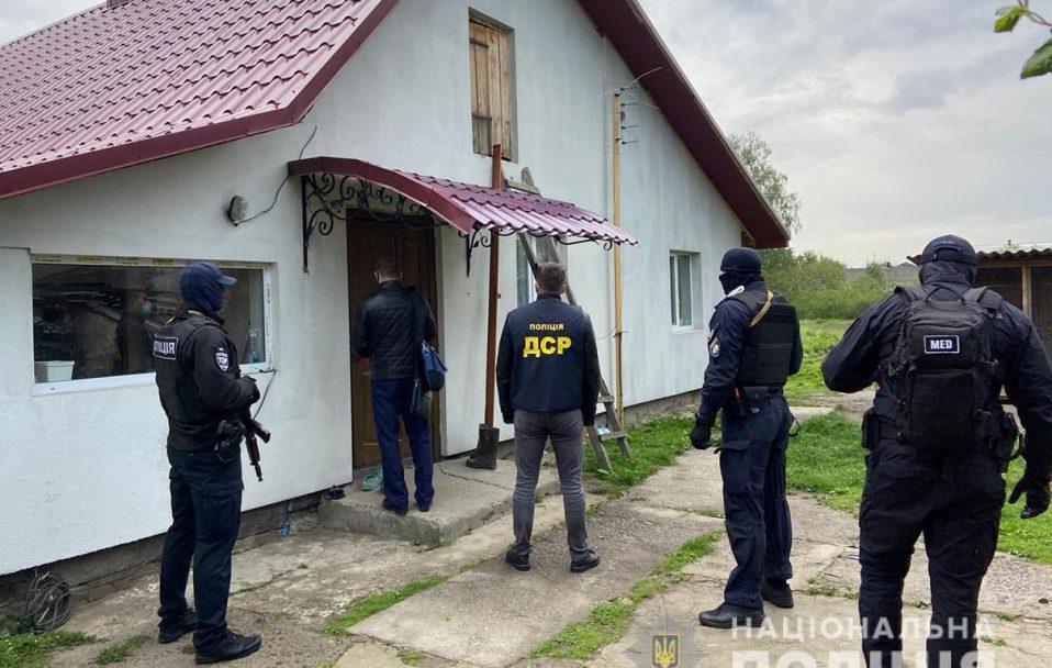 У Цумані обшукали будинки крадіїв лісу. ФОТО